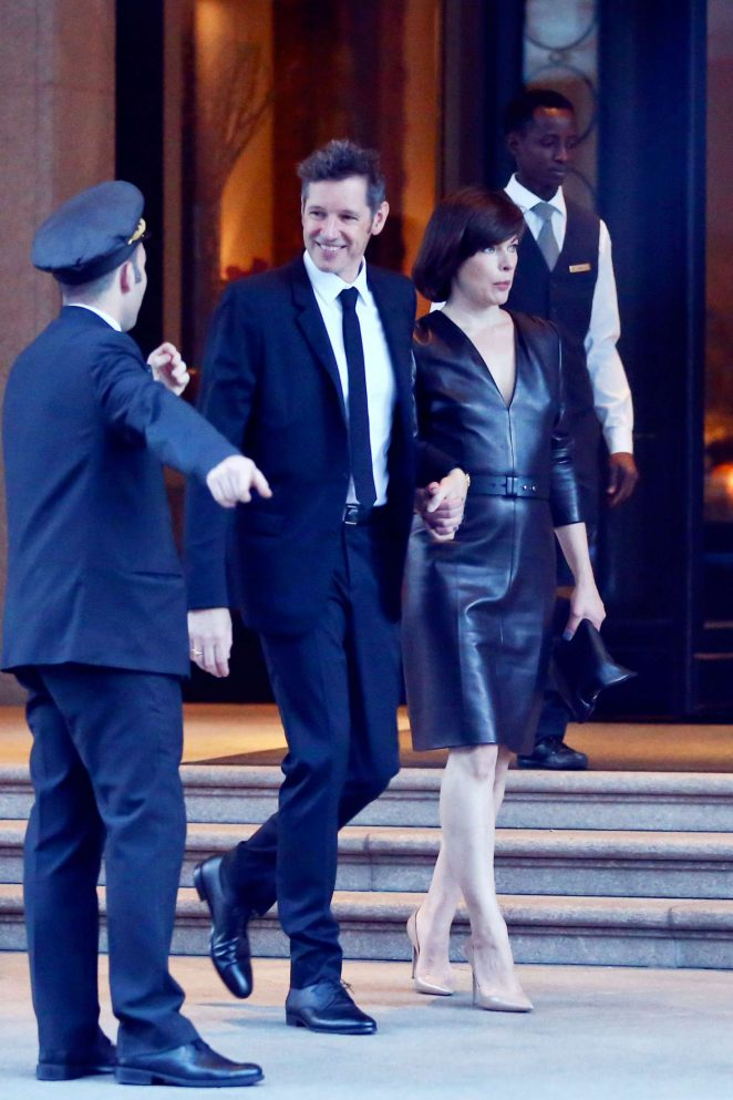 Milla Jovovich in Black Dress -03