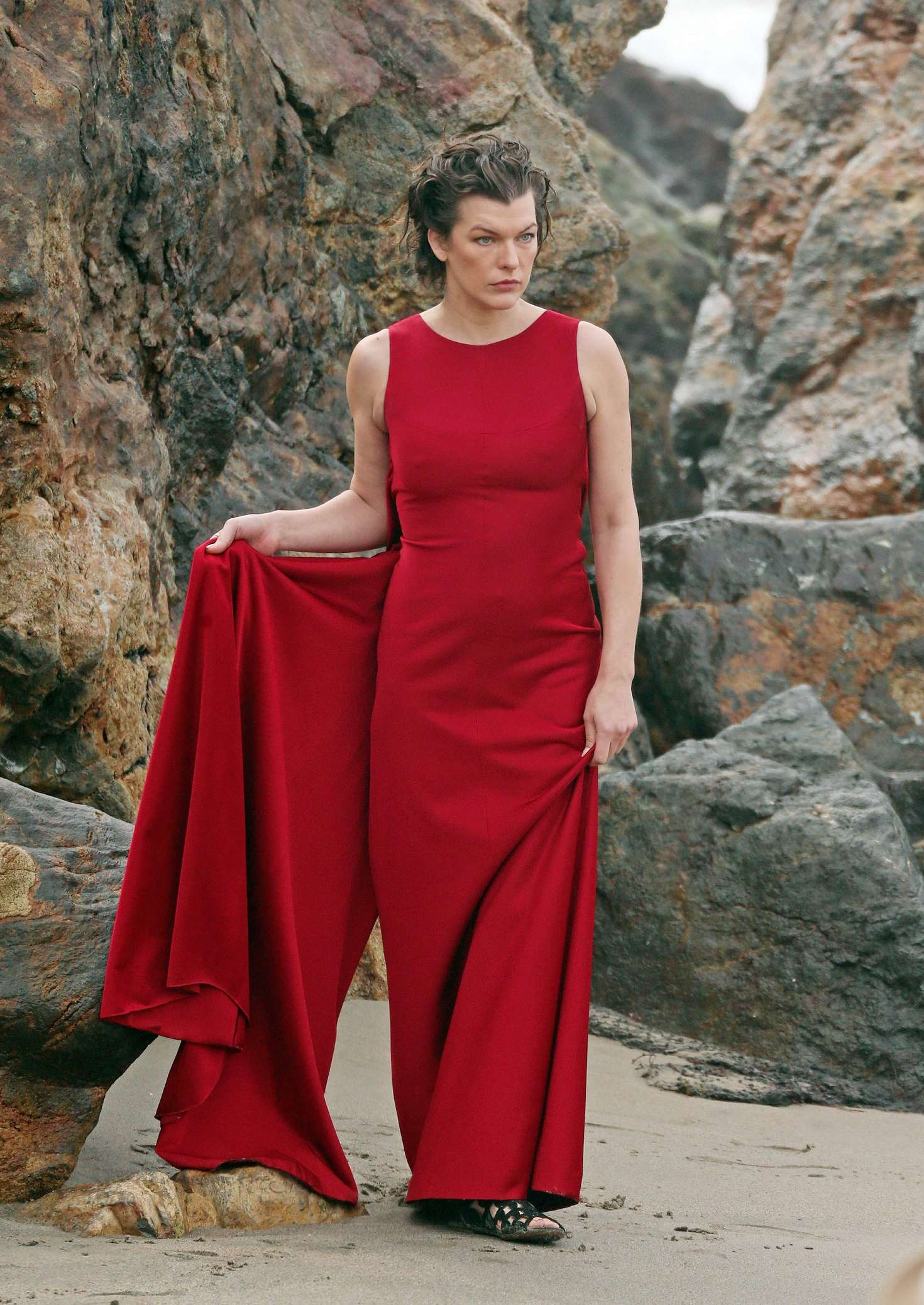 milla jovovich in red dress on photoshoot 12 gotceleb