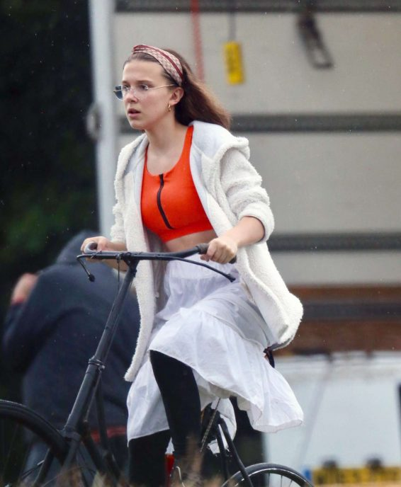 Millie Bobby Brown - On set of her new film 'Enola Holmes' in Buckinghamshire