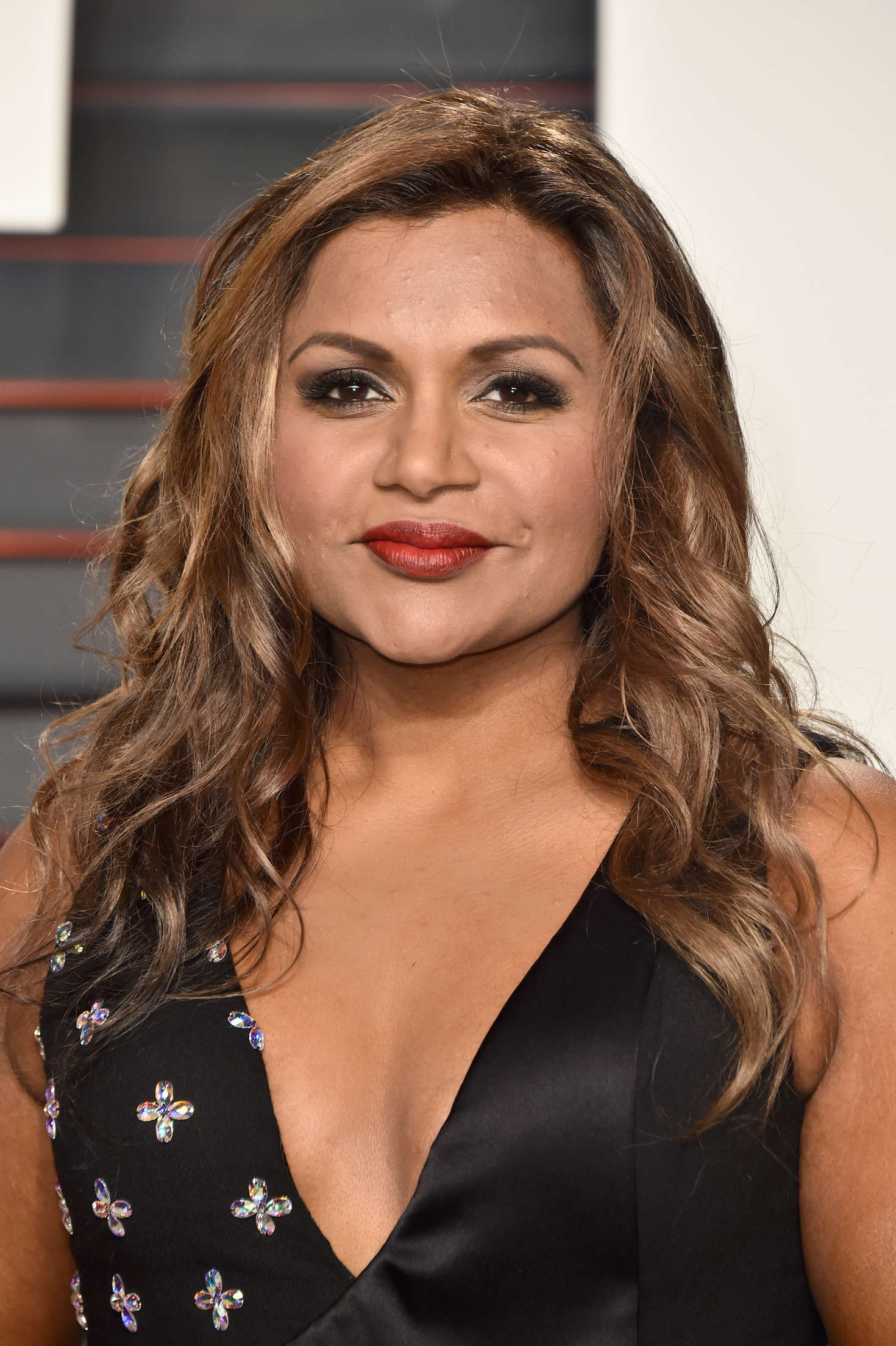 Mindy Kaling 2016 Vanity Fair Oscar Party In Beverly
