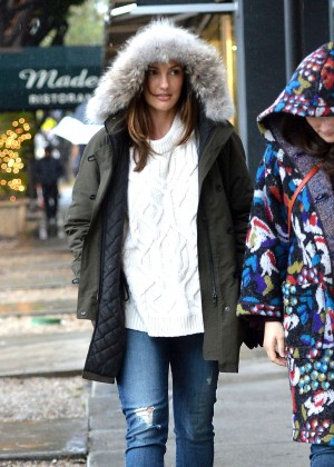 Minka Kelly in Jeans Has Lunch at Madeos in LA