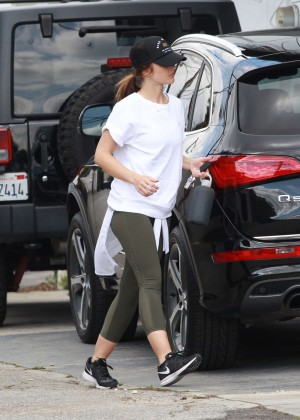 Minka Kelly in Tights Arriving at the gym in Beverly Hills