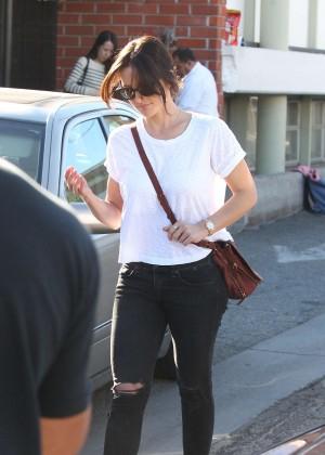 Minka Kelly in Ripped Jeans -19