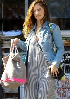 Minka Kelly - Shopping at Whole Foods in Los Angeles
