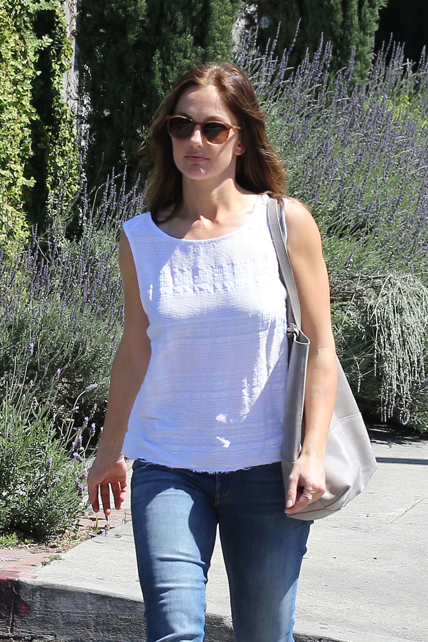 Minka Kelly - Shopping on Melrose Place in Beverly Hills