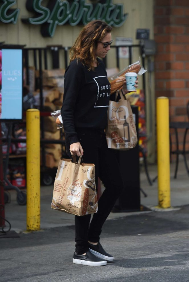 Minnie Driver Shopping at Bristol Farms Market in Los Angeles