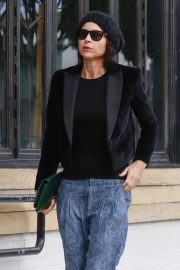 Minnie Driver - Shopping at Melrose Place