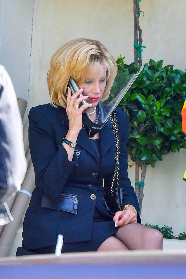 Mira Sorvino -  on set for American Crime Story: Impeachment in Pasadena