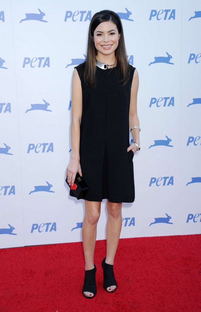 Miranda Cosgrove - PETA's 2015 Party in Los Angeles