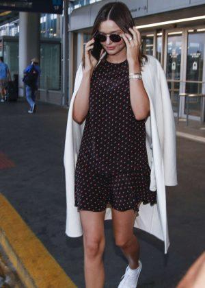 Miranda Kerr - Arriving in Chicago