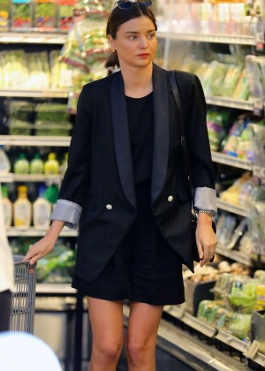 Miranda Kerr at grocery shopping in Malibu