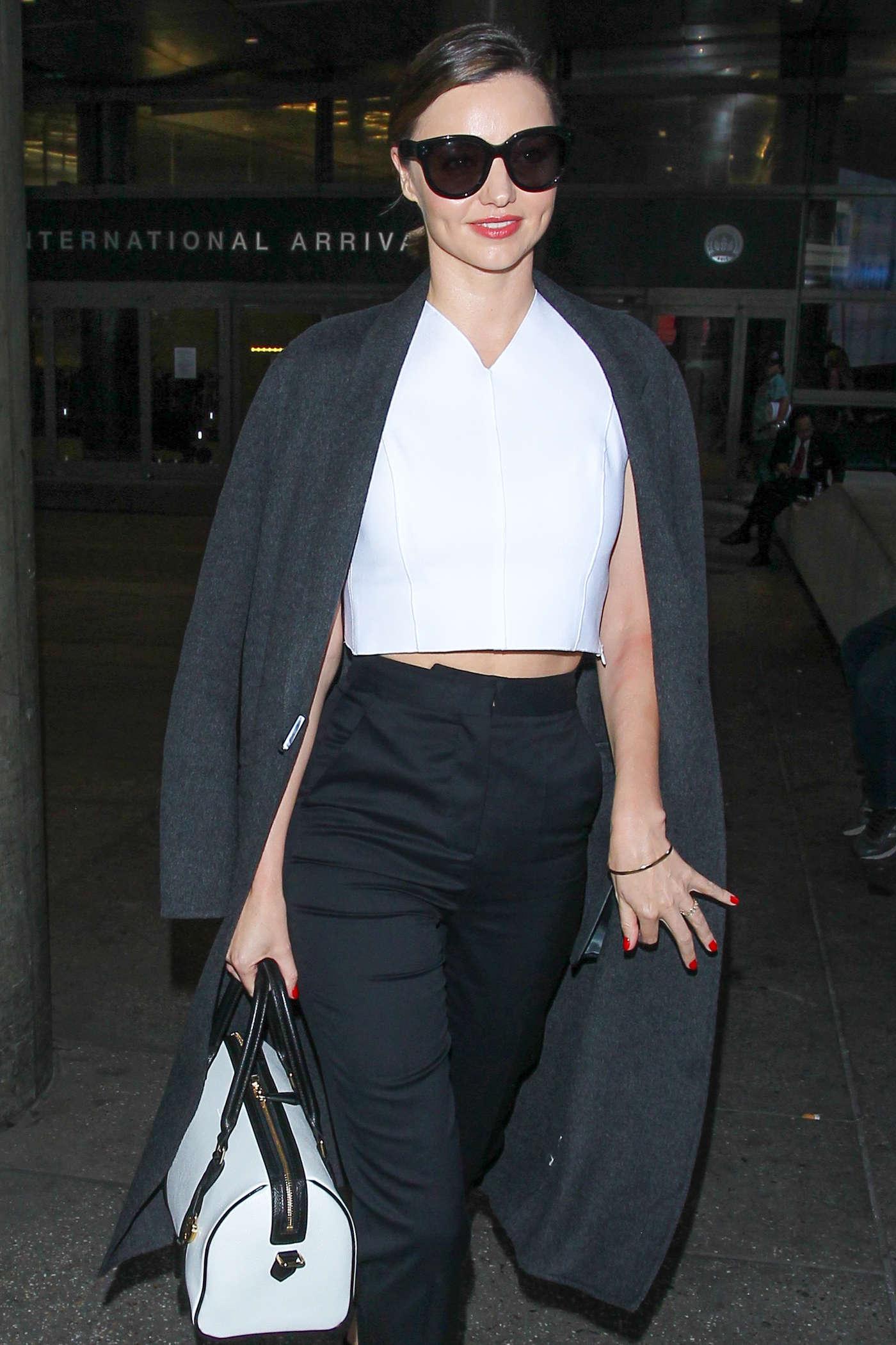 Miranda Kerr 2016 : Miranda Kerr at LAX Airport in LA -01