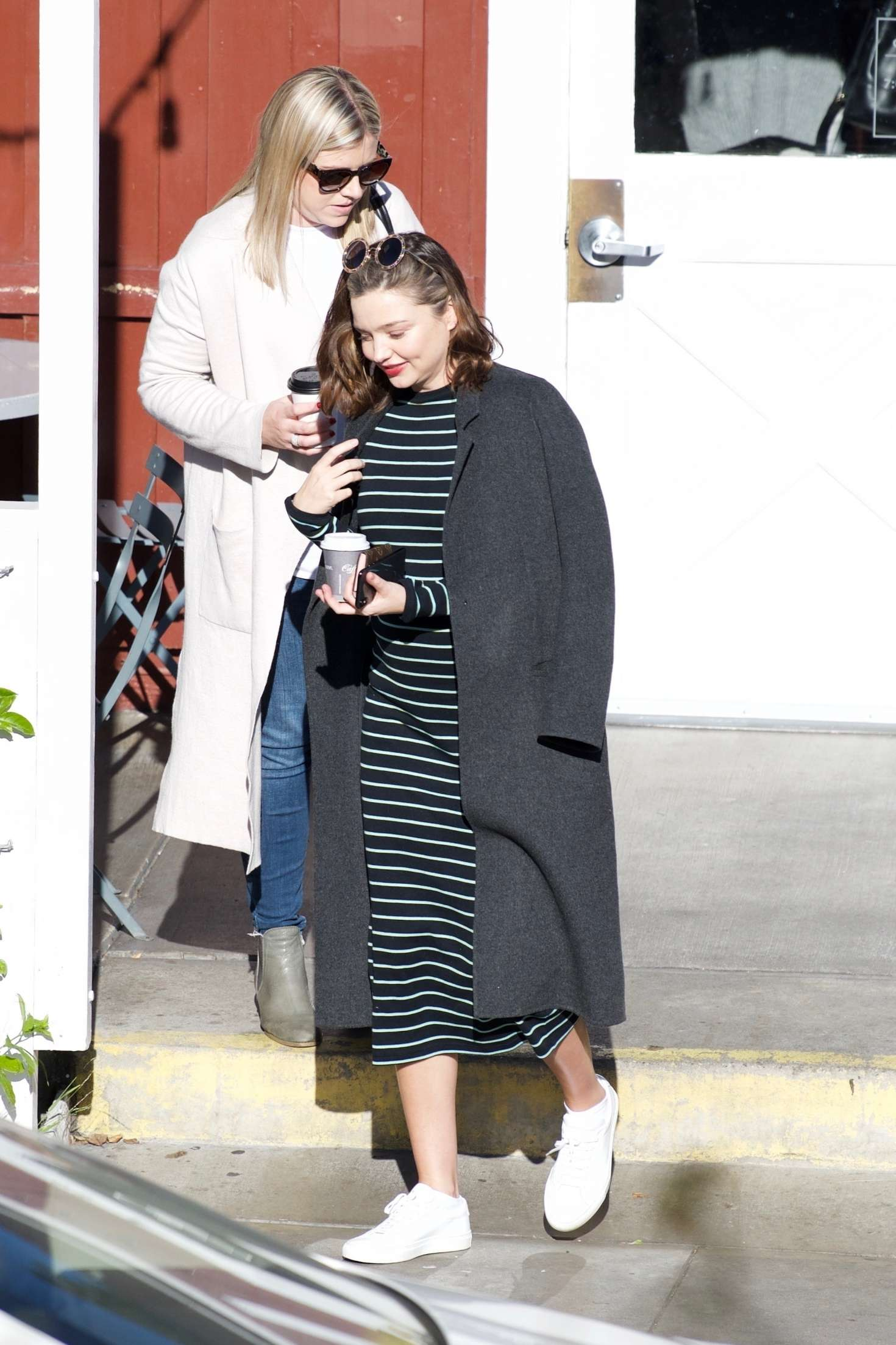 Miranda Kerr 2018 : Miranda Kerr: Grabs coffee with a friend in Brentwood -02