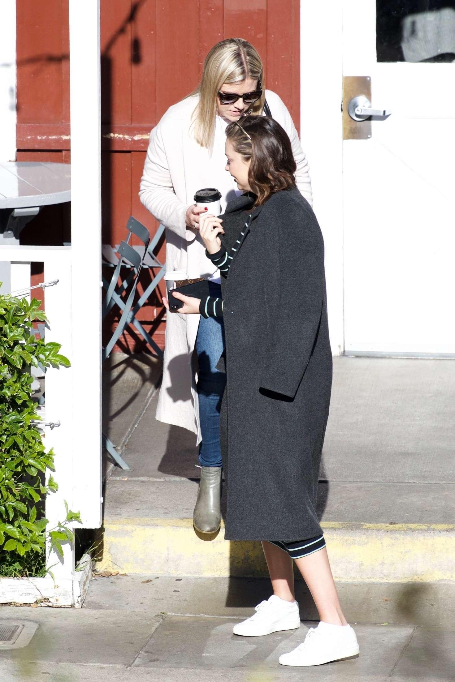 Miranda Kerr 2018 : Miranda Kerr: Grabs coffee with a friend in Brentwood -15