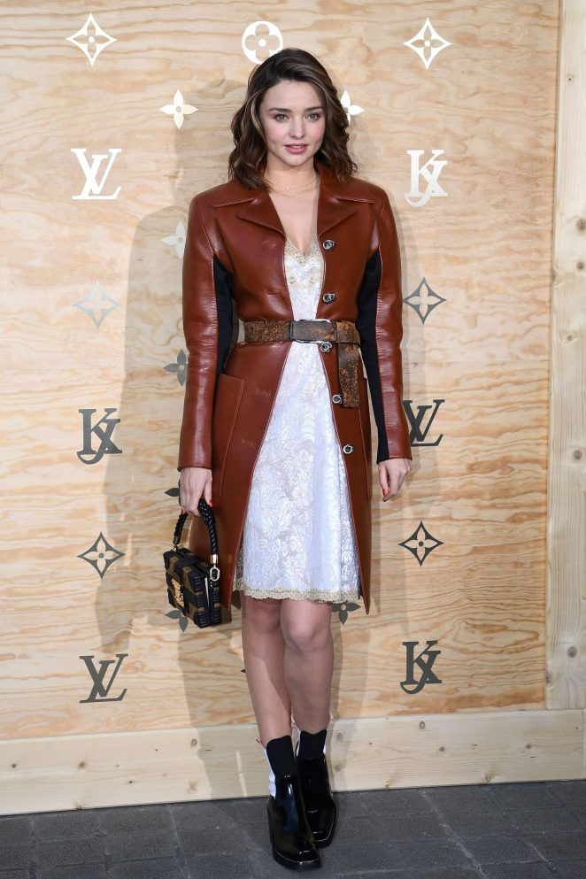 Miranda Kerr: Louis Vuitton & Jeff Koons Masters Collection Collaboration -06