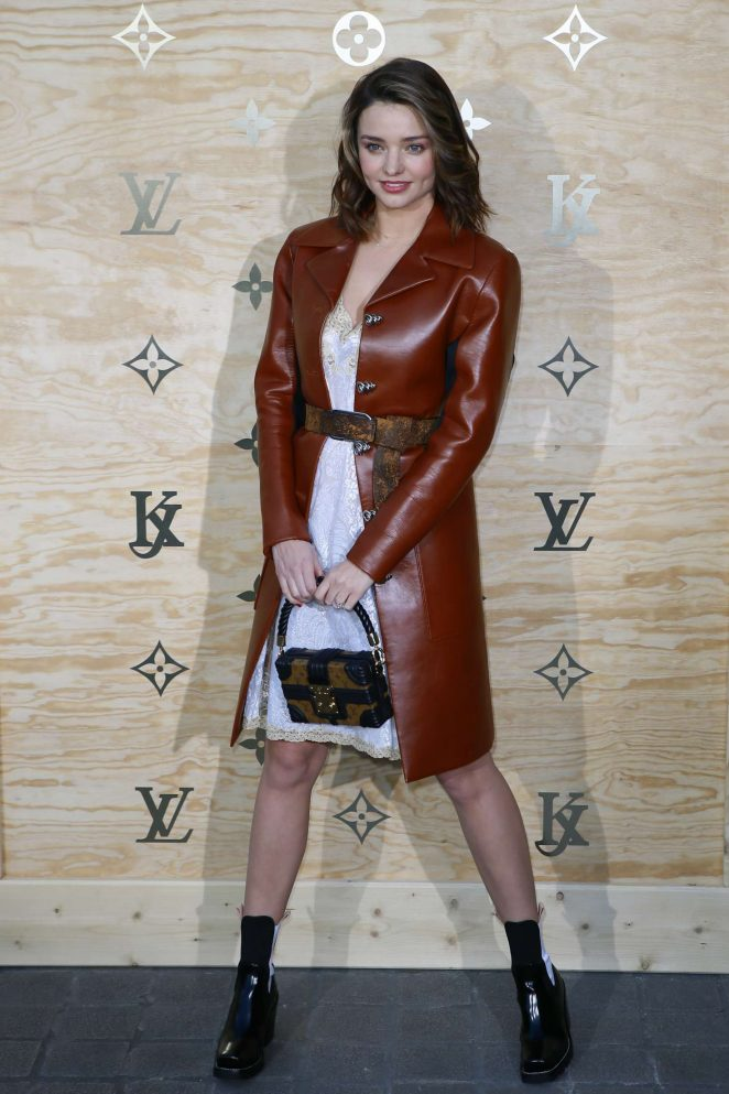 Miranda Kerr: Louis Vuitton & Jeff Koons Masters Collection Collaboration -07
