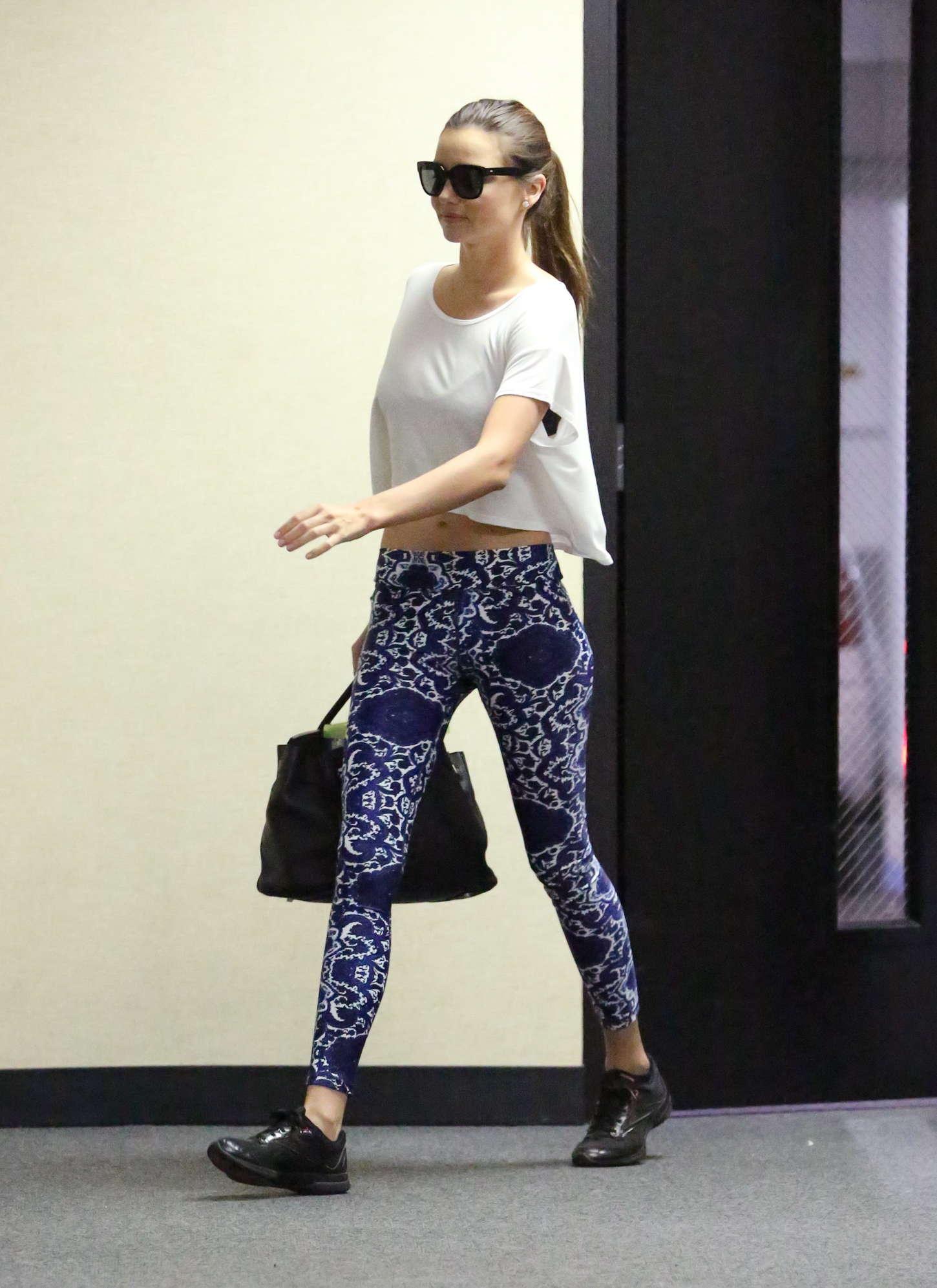 Miranda Kerr 2015 : Miranda Kerr in Leggings -14
