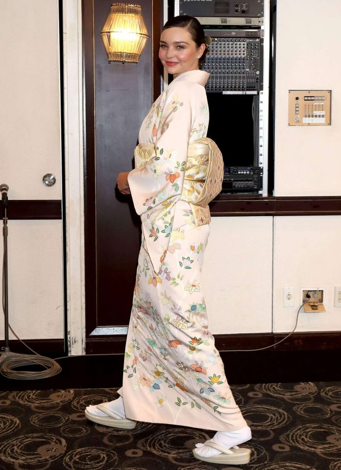 Miranda Kerr: Promotes Marukome Co. Ltd Miso Products -04