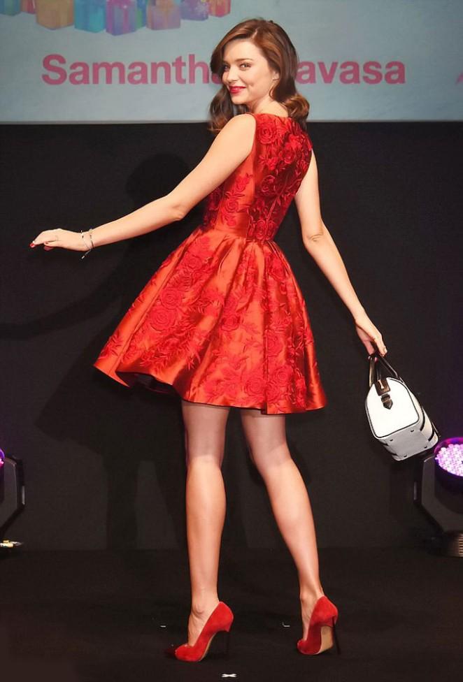 Miranda Kerr - Samantha Tavasa Event Runaway in Tokyo