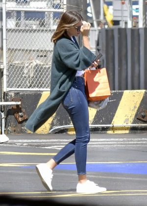 Miranda Kerr take the heliport out of New York City