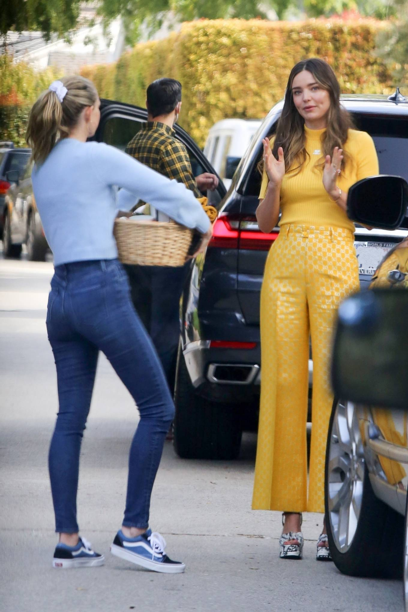 Miranda Kerr - With Kate Hudson and Sara Foster - KORA Organics products presentation in Los Angeles