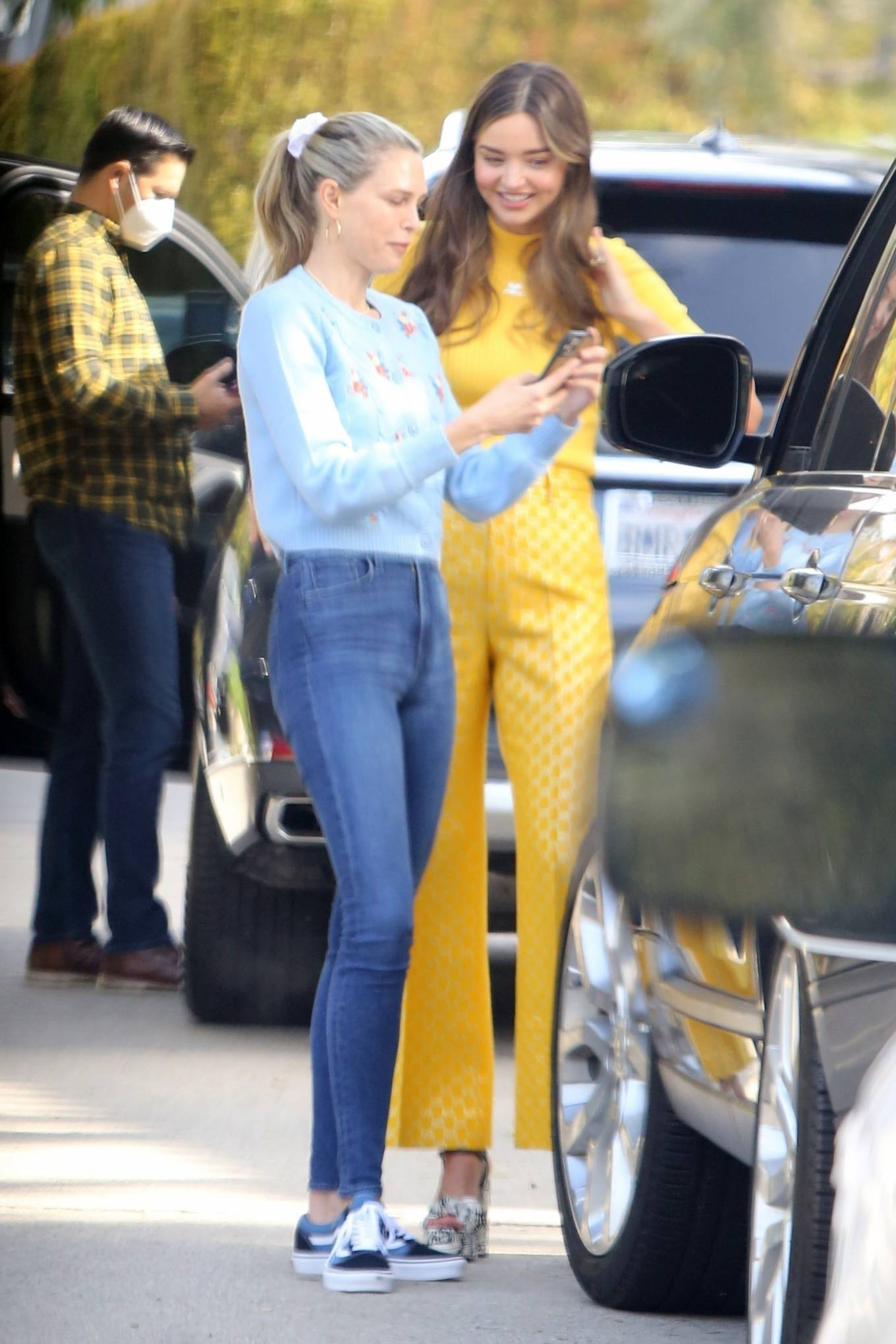 Miranda Kerr 2021 : Miranda Kerr – With Kate Hudson and Sara Foster – KORA Organics products presentation in Los Angeles-17