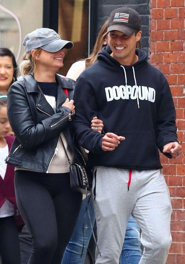 Miranda Lambert and Brendan McLoughlin - Shopping in New York City