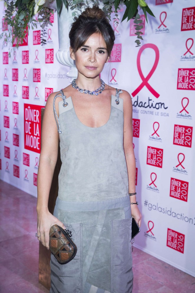 Miroslava Duma - Sidaction Gala Dinner 2016 held at Pavillon d'Armenonville in Paris