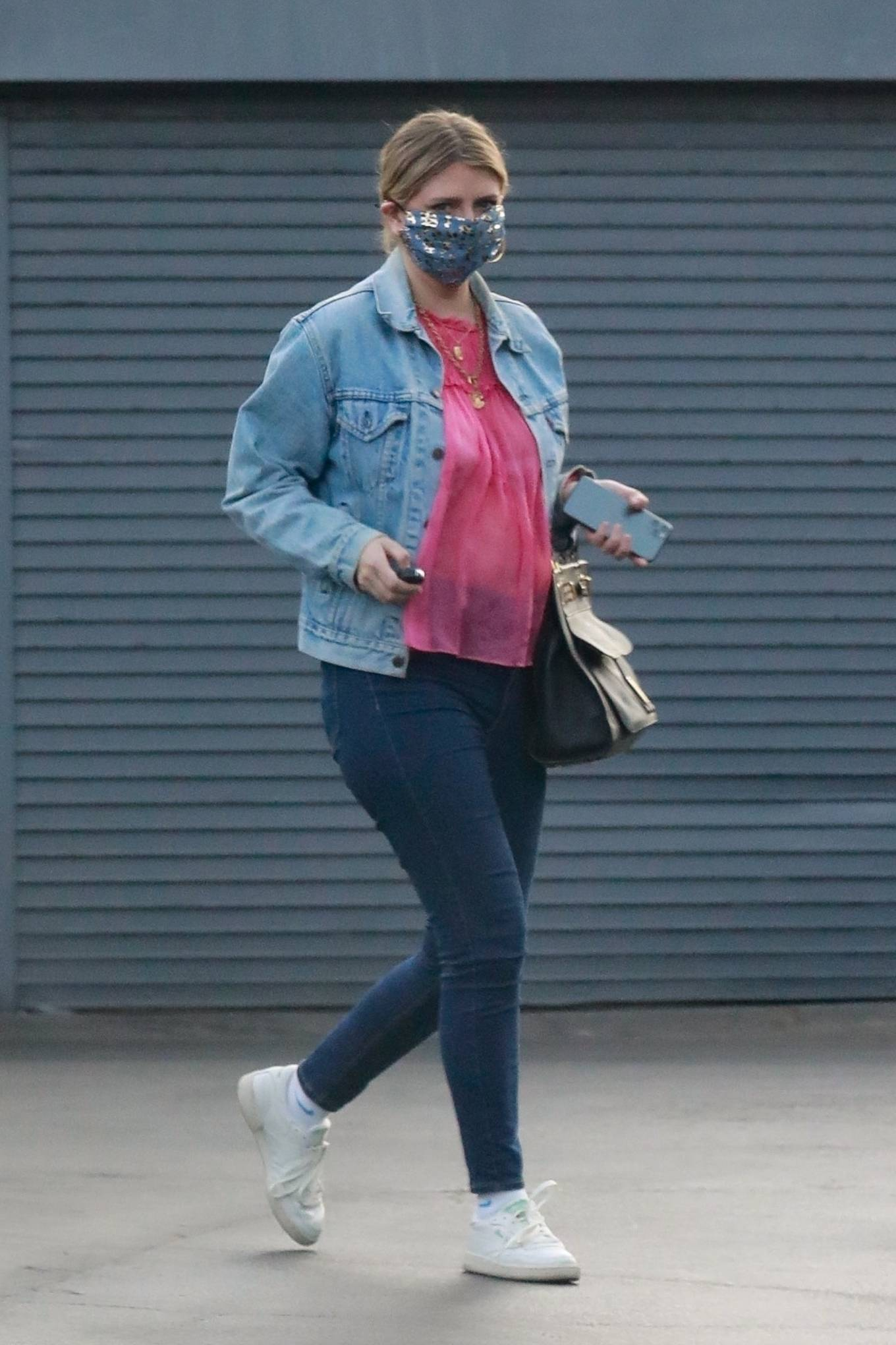 Mischa Barton 2020 : Mischa Barton – And her boyfriend Gian Marco Flamini at Tomato Pie Pizza Joint in Los Angeles -04