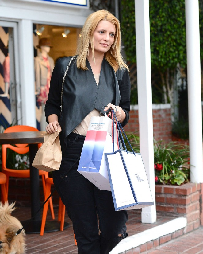 Mischa Barton Has Lunch at Fred Segal Cafe in LA