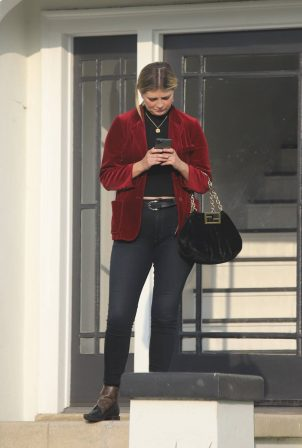 Mischa Barton - Out for a walk outside her home in Los Feliz