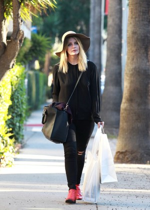 Mischa Barton - Out in West Hollywood