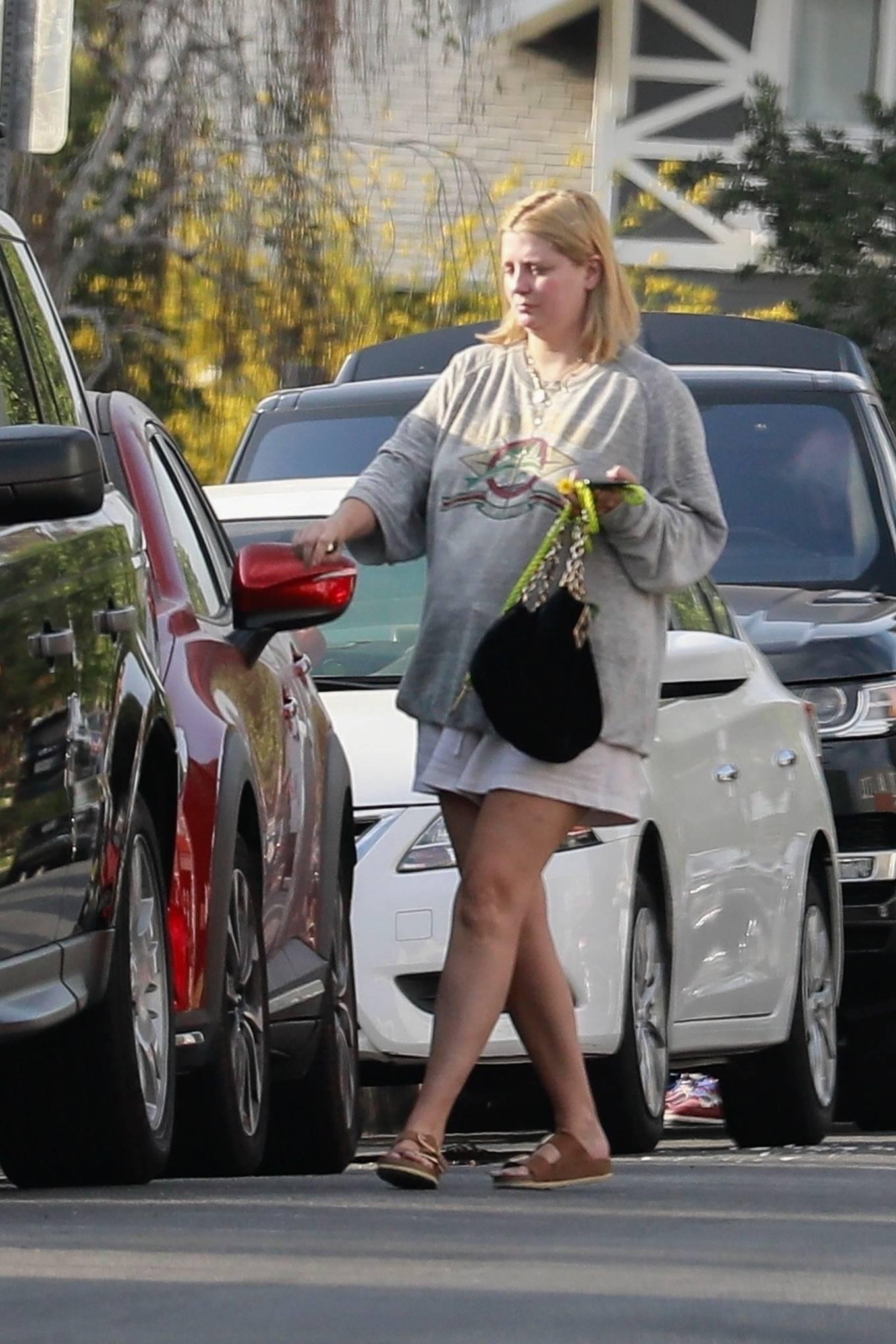 Mischa Barton 2021 : Mischa Barton – Takes her dog for a walk in Los Feliz-08