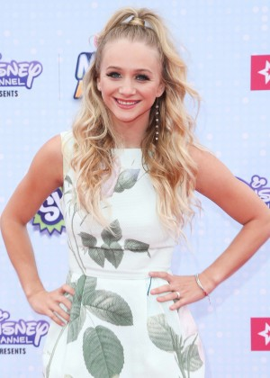 Mollee Gray - 2015 Radio Disney Music Awards in LA