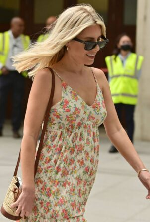 Mollie King - Out in London
