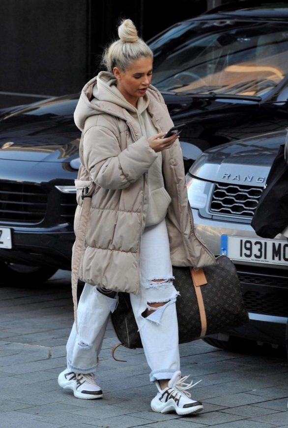 Molly Mae Hague - Out in Manchester