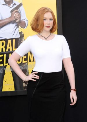 Molly Quinn - 'Central Intelligence' Premiere in Los Angeles