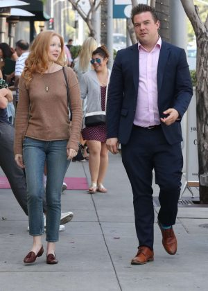Molly Quinn - Out for lunch at Wally's in Beverly Hills