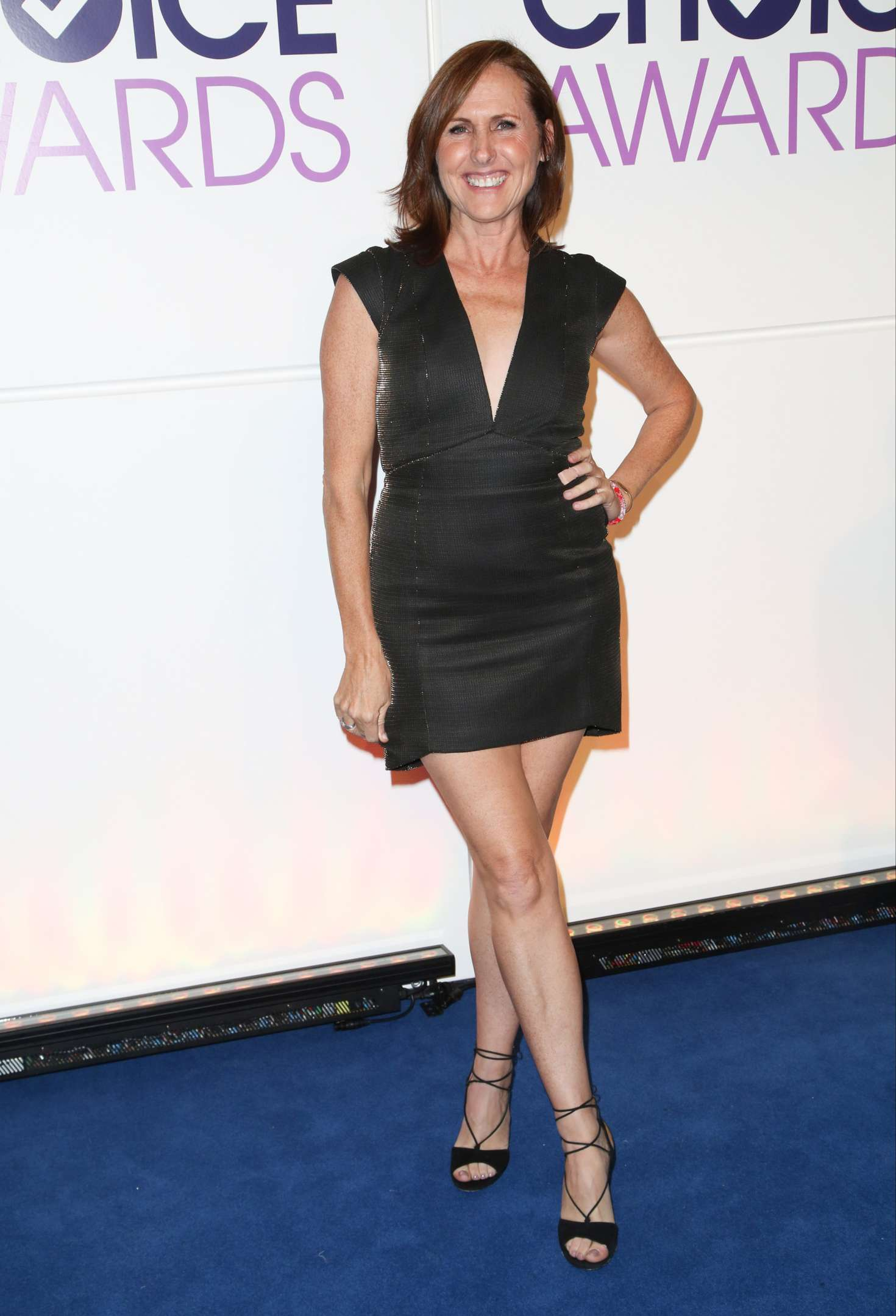 Molly Shannon: Peoples Choice Awards Nominations -13 ...