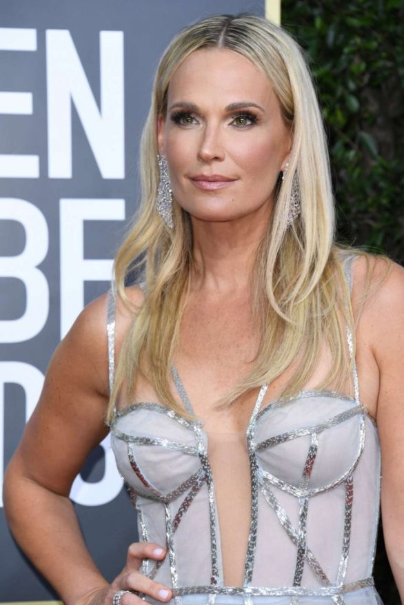 Molly Sims - 2020 Golden Globe Awards in Beverly Hills