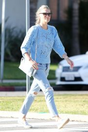 Molly Sims in Ripped Jeans - Out in Los Angeles