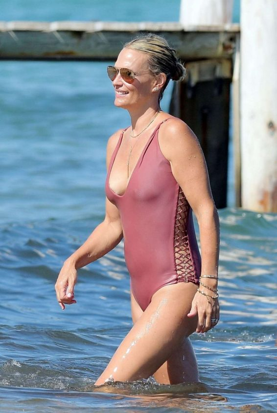 Molly Sims in Swimsuit on the beach in St Tropez