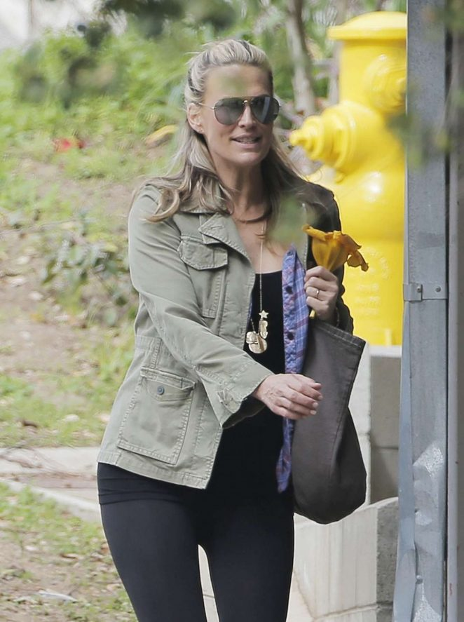 Molly Sims in Tights Out in Los Angeles