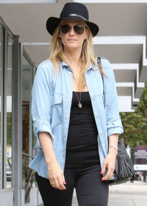 Molly Sims - out and about in Los Angeles