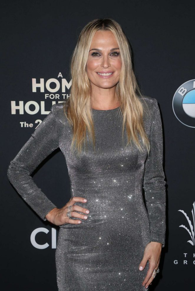 Molly Sims - The Grove Christmas Tree Lighting in Los Angeles