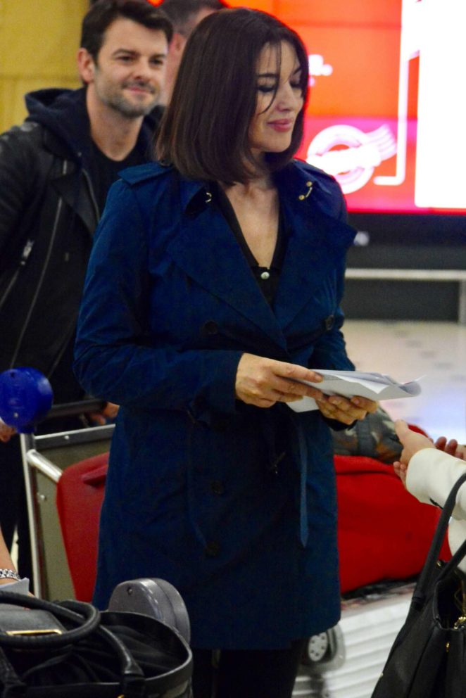 Monica Bellucci - Arrives at airport in Sydney