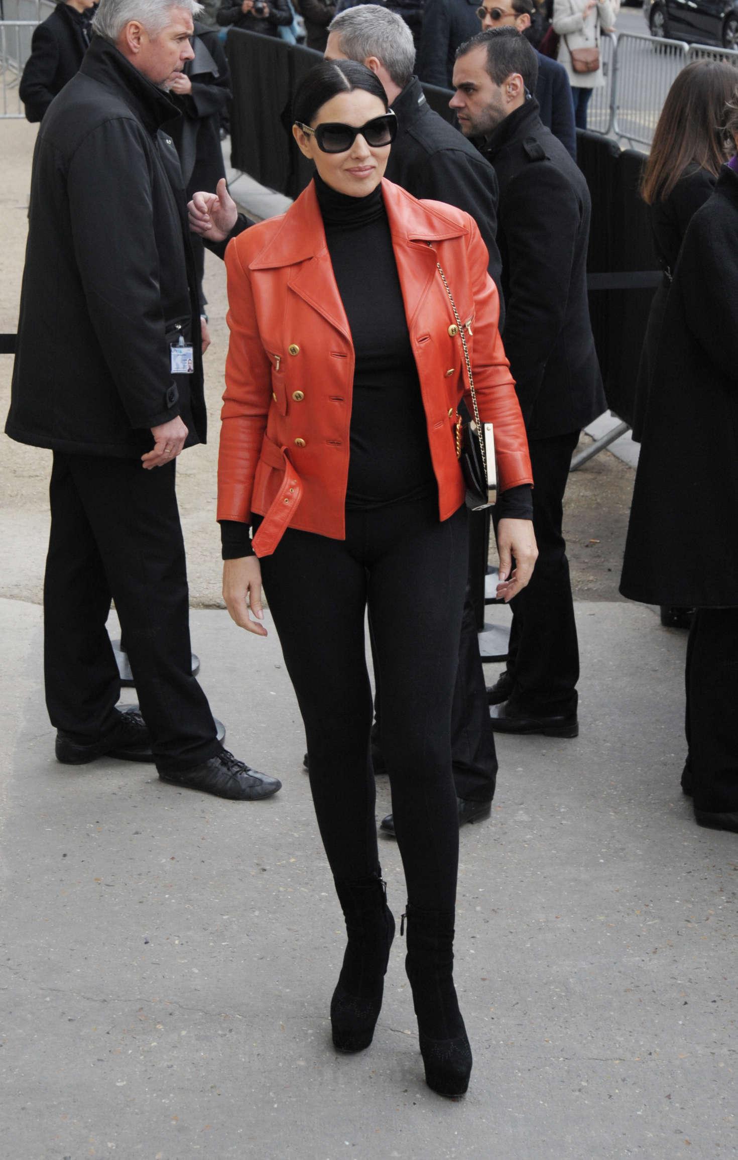 Monica Bellucci: Arriving at Chanel Fashion Show 2016 -05 ... Monica Bellucci Boyfriend 2016