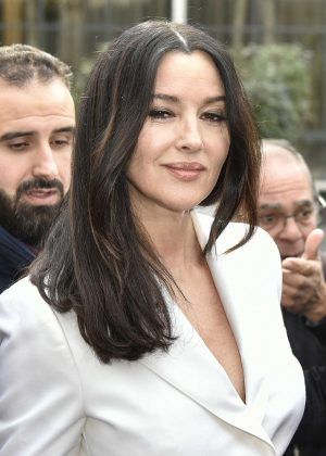 Monica Bellucci - Arriving at Vivement Dimanche TV show in Paris