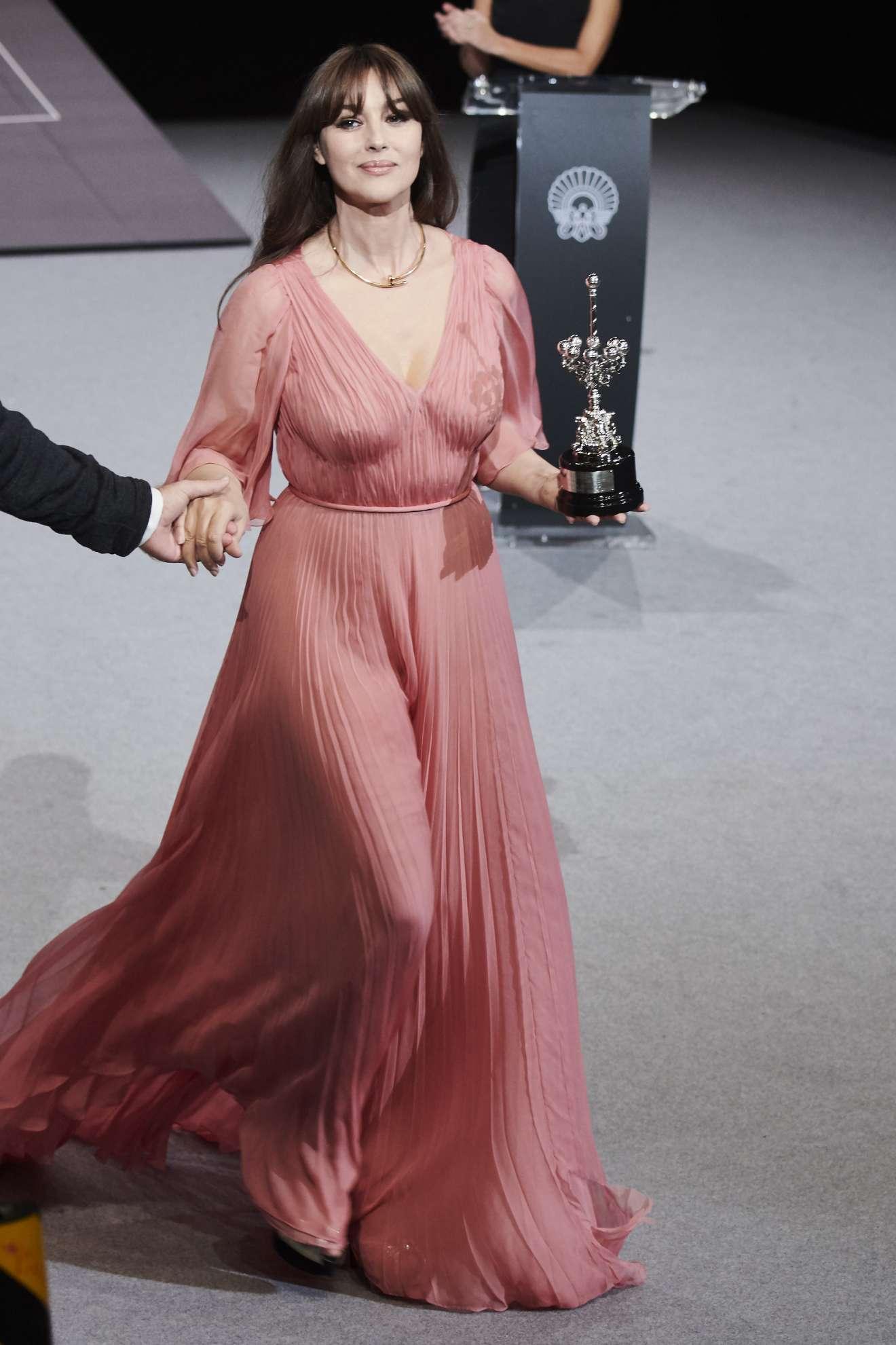 Monica Bellucci Donostia Award 2017 San Sebastian Film Festival Celebs By Lianxio