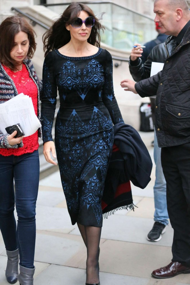Monica Bellucci -Lleaving her hotel in London